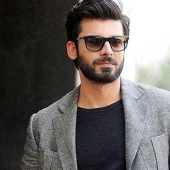 https://indiantelevision.com/sites/default/files/styles/340x340/public/images/tv-images/2016/10/20/fawad-khan-800x800.jpg?itok=IHsMthlh