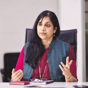https://indiantelevision.com/sites/default/files/styles/340x340/public/images/tv-images/2017/09/29/Aruna_Sundararajan.jpg?itok=QV1jtlVj