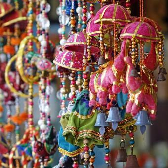 https://indiantelevision.com/sites/default/files/styles/340x340/public/images/tv-images/2017/12/11/Festival-Bharat_0.jpg?itok=p2ffwGrO