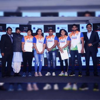 https://indiantelevision.com/sites/default/files/styles/340x340/public/images/tv-images/2018/12/13/Olympic_Gold-Tata_Motors.jpg?itok=7PDtt9QW