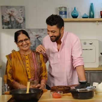 https://indiantelevision.com/sites/default/files/styles/340x340/public/images/tv-images/2019/05/23/chef.jpg?itok=QFQjBMjK