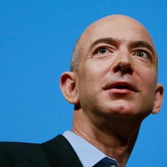 https://indiantelevision.com/sites/default/files/styles/340x340/public/images/tv-images/2020/02/01/Jeff_Bezos.jpg?itok=JlDvPN_2