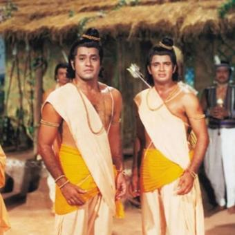 https://indiantelevision.com/sites/default/files/styles/340x340/public/images/tv-images/2020/04/10/ramayan.jpg?itok=4OjktdBv