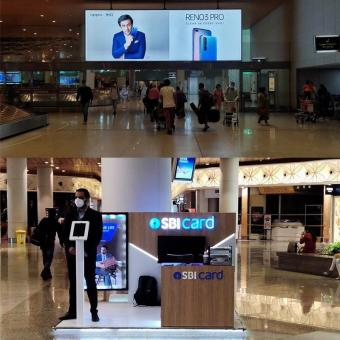 https://indiantelevision.com/sites/default/files/styles/340x340/public/images/tv-images/2020/08/13/airport-advertising.jpg?itok=5XJUXvVw