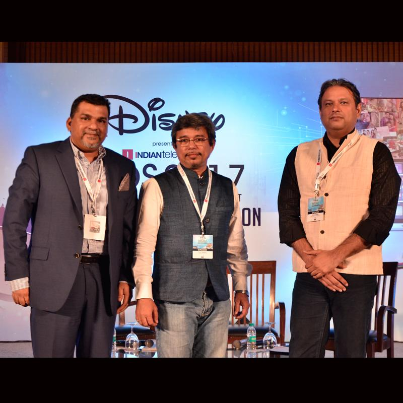 https://indiantelevision.com/sites/default/files/styles/smartcrop_800x800/public/images/tv-images/2017/09/29/Rahul_Nehra-Vynsley_Fernandes-Anil_Wanvari.jpg?itok=lPbZg00w