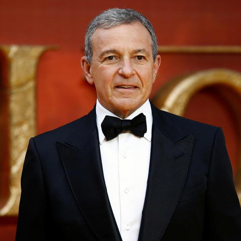 Disney's Iger steps down from Apple board