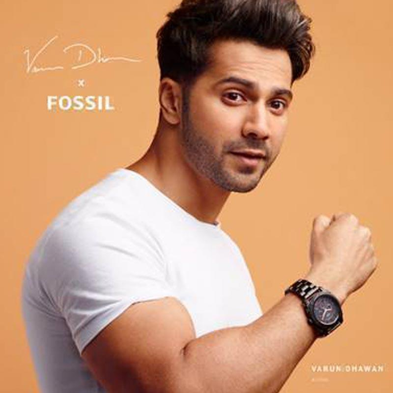 https://indiantelevision.com/sites/default/files/styles/smartcrop_800x800/public/images/tv-images/2019/09/26/fossil.jpg?itok=3XH4APeD
