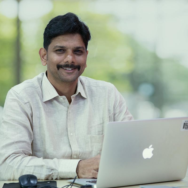 https://indiantelevision.com/sites/default/files/styles/smartcrop_800x800/public/images/tv-images/2020/01/18/Anirudha_Khopade.jpg?itok=Y_td5AFQ
