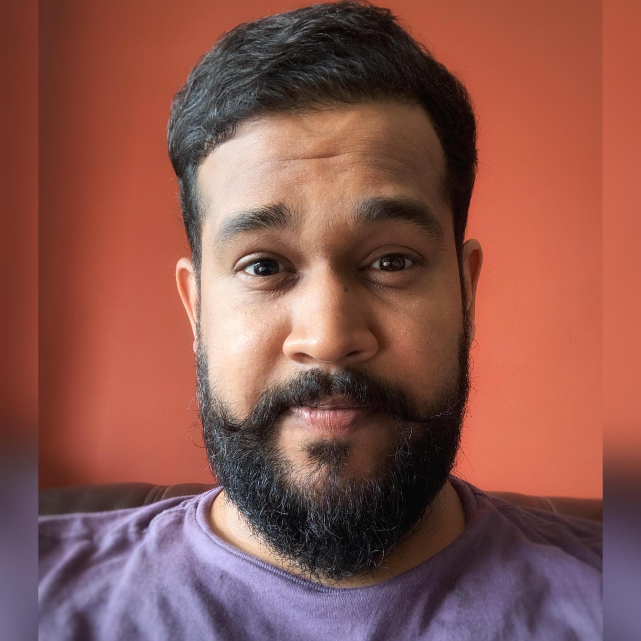 https://indiantelevision.com/sites/default/files/styles/smartcrop_800x800/public/images/tv-images/2021/07/01/photogrid_plus_1625135803162.jpg?itok=drJECId4